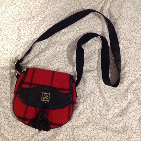 Tommy Hilfiger cross body red/black purse